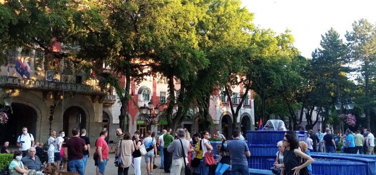 Večeras je u Subotici održan drugi građanski protest
